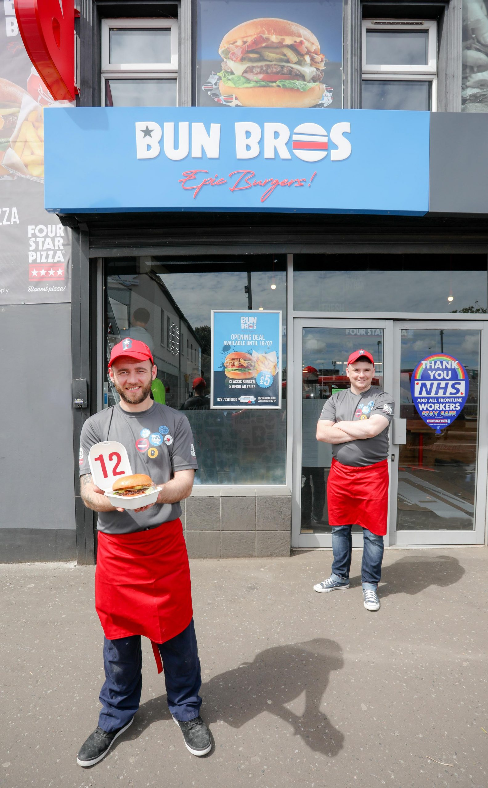 NEW burger chain Bun Bros has opened its first ever store in Northern Ireland, creating 12 new jobs in the Coleraine area after a £50,000 investment. The store will offer burger lovers a vast array of made-to-order burgers produced using only locally sourced Irish Beef. Pictured at the launch are (L-R) Store Manager Ciaran Magee and his colleague Lee Biggart. For more information on Bun Bros or to order, go to https://bunbros.co.uk or check the company out on social media at https://www.facebook.com/BunBrosColeraine Photo by Philip Magowan / Press Eye