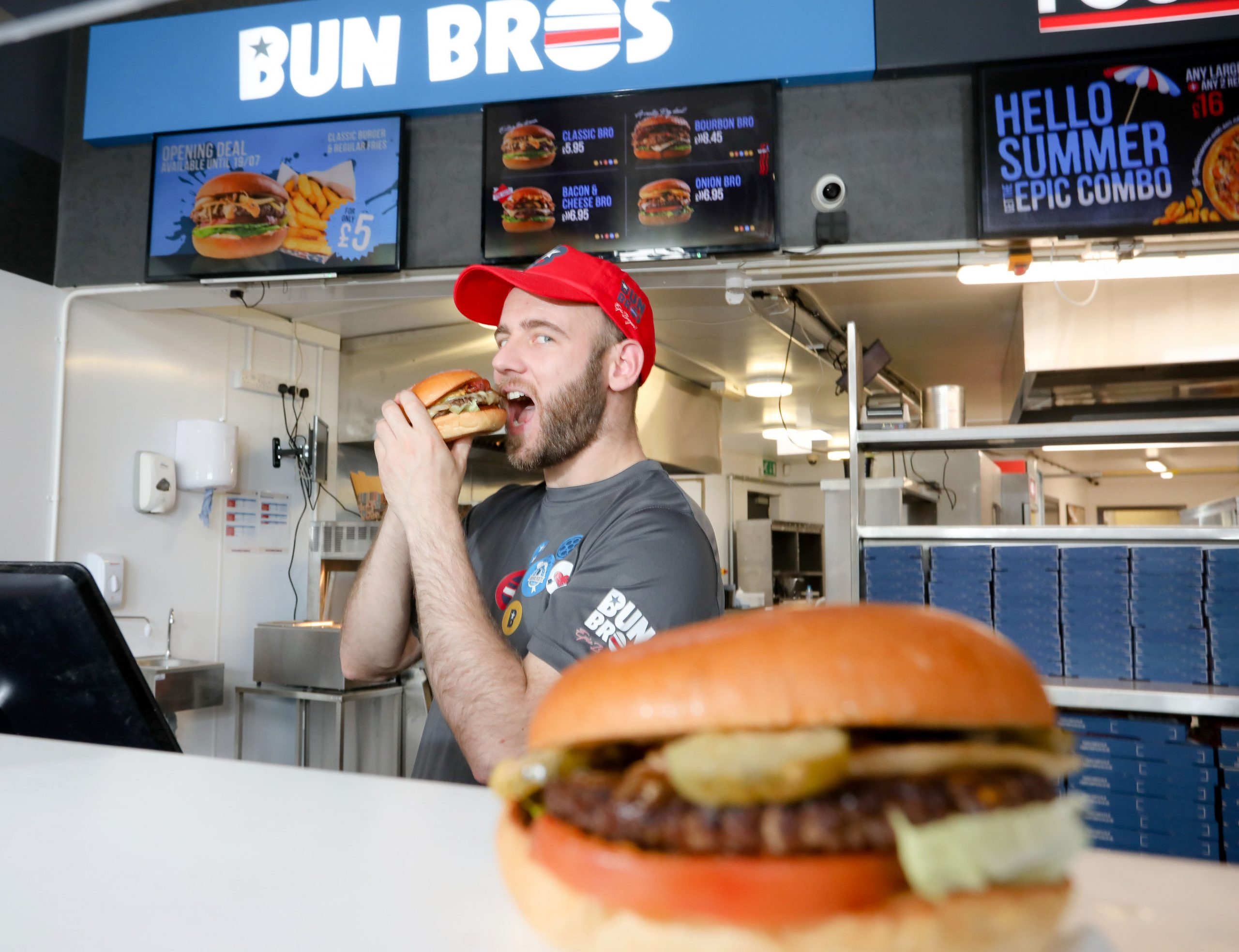 NEW burger chain Bun Bros has opened its first ever store in Northern Ireland, creating 12 new jobs in the Coleraine area after a £50,000 investment. The store will offer burger lovers a vast array of made-to-order burgers produced using only locally sourced Irish Beef. Pictured at the launch is Store Manager Ciaran Magee. For more information on Bun Bros or to order, go to https://bunbros.co.uk or check the company out on social media at https://www.facebook.com/BunBrosColeraine Photo by Philip Magowan / Press Eye